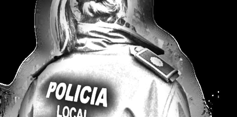 La policía deja pasar a los coches en rojo en Colón por los atascos de Ruzafa