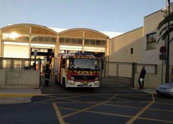 Denuncian riesgo de robos en dos parques de bomberos de València con las puertas averiadas